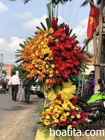 Hoa chúc mừng khai trương tại Shop hoa tươi Long Xuyên